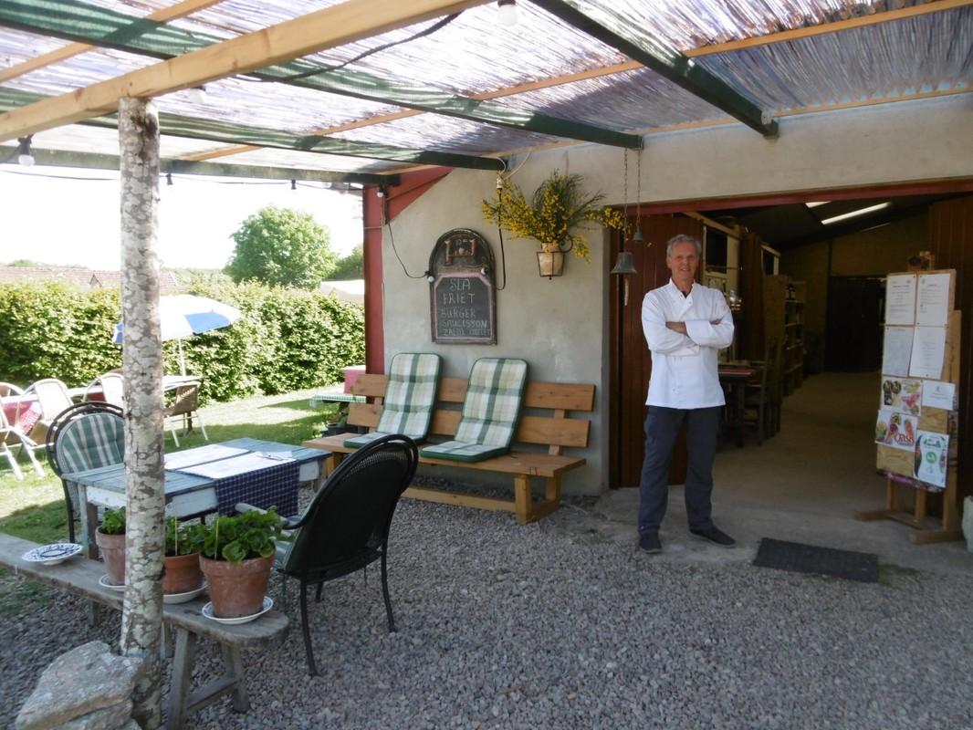 LE PAROY   kamperen en logeren bij Kleine Campings En France